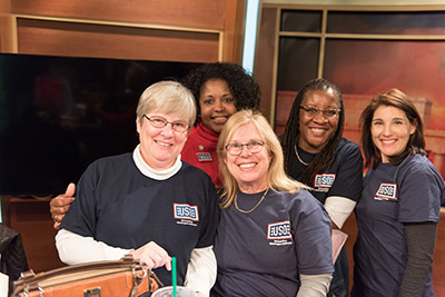 Volunteers at WUSA9 Turkeys for Troops Telethon
